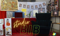 Studio Bib
